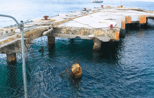 pier destroyed by hurricane Wilma in Cozumel