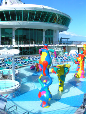 Kids pool on the Freedom of the Seas
